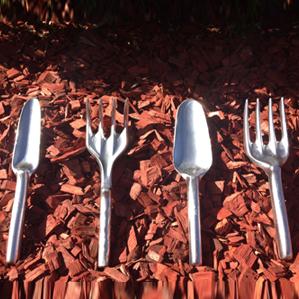 The Gardeners Tools Set, a perfect Australian Made gardening gift from Garden Tools Australia